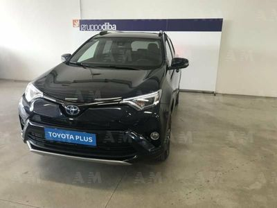second-hand Toyota RAV4 Hybrid 4WD Exclusive del 2016 usata a Pesaro