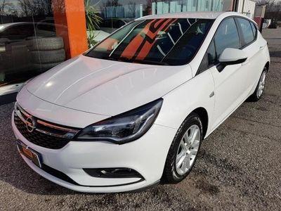 usata Opel Astra 1.6 Cdti 110 CV S&S 5P. Elective