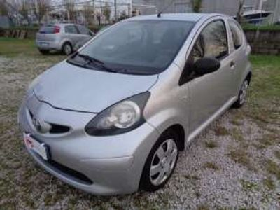 usata Toyota Aygo Due Volumi Benzina