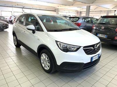 usado Opel Crossland X 1.6 ECOTEC diesel ADVANCE