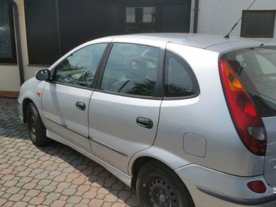 usata Nissan Almera Tino diesel