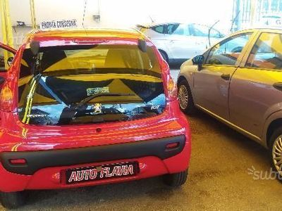 usata Peugeot 107 1.0 68CV 5p. Sweet Years 2Tronic