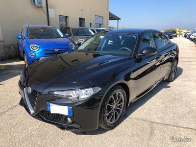usado Alfa Romeo Giulia 2.2 T DIESEL AT8 BUSINESS 150 CV