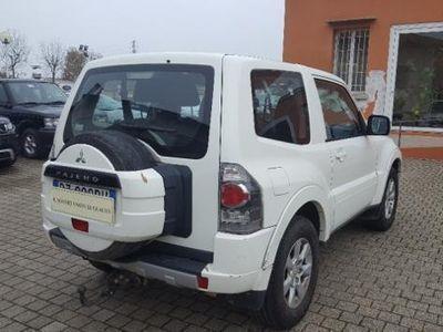 usata Mitsubishi Pajero 3.2 DI-D 16V 3p. Invite DPF del 2010 usata a Bologna