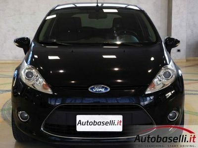 begagnad Ford Fiesta 1.4 BENZ/GPL TITANIUM