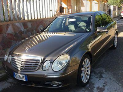 usado Mercedes E280 CDI EVO Automatica 2008 pelle xeno