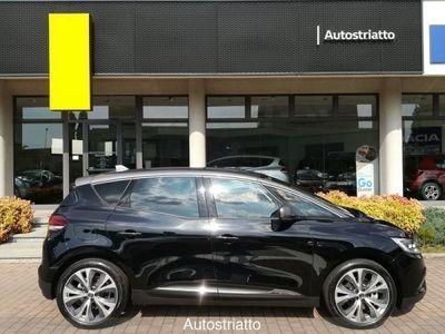 usata Renault 20 Domenica 20 APERTI *Tua da 199,00 euro al mese* - TCe 140 CV EDC FAP Intens DomenicaAPERTI *Tua da 199,00 euro al mese* - TCe 140 CV EDC FAP Intens