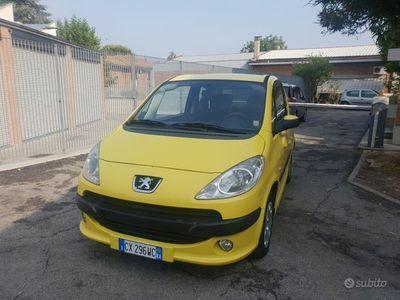 usata Peugeot 1007 - METANO neo PATENTATI