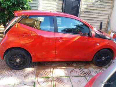 brugt Toyota Aygo 2ª serie - 2015 UNICOPROPRIETARIO