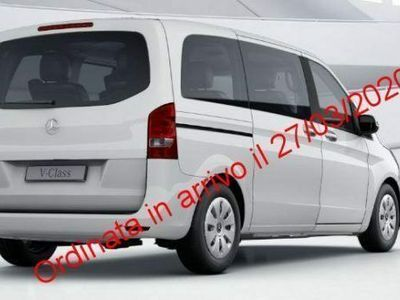 usata Mercedes V200 d Premium Compact