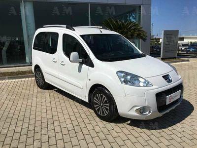 usado Peugeot Partner Mix 1.6 HDi 90CV Premium del 2011 usata a San Salvo