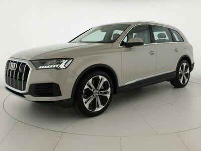 usata Audi Q7 55TFSI e 381CV Q. tiptr Business Listino: 100.282€