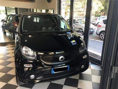 used Smart ForFour 1.0 Youngster 70 CV PER NEO PATENTATI