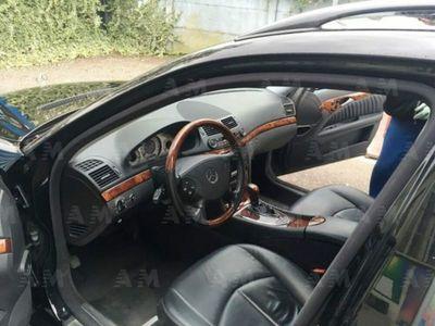 second-hand Mercedes 500 Classe E Station Wagoncat 4Matic Avantgarde usato