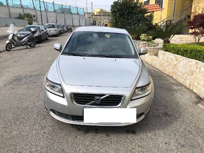 used Volvo S40 S40 2.0 D cat aut. Kinetic