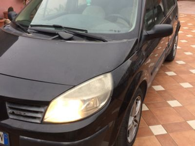used Renault Scénic Grand Scénic 1.5 dCi/105CV Confort Authentique