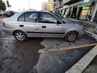 usado Hyundai Accent 2ª serie - 2004