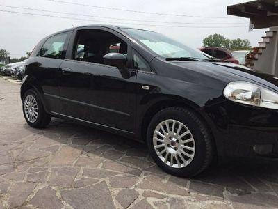 usata Fiat Grande Punto 1.3 MJT 75 CV 3 porte neopatentati