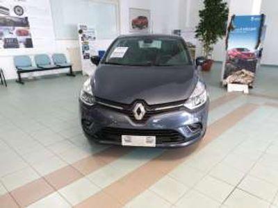usata Renault Clio TCe 12V 90 CV 5 porte Moschino Zen