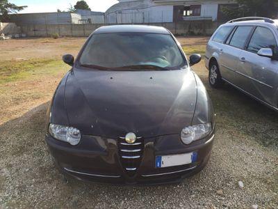 usata Alfa Romeo 147 1.9 JTD 16V cat 3 porte Distincti