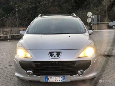 usata Peugeot 307 1.6 hdi 7 posti Sw