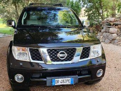 used Nissan Pathfinder 2.5 dCi LE Platinum