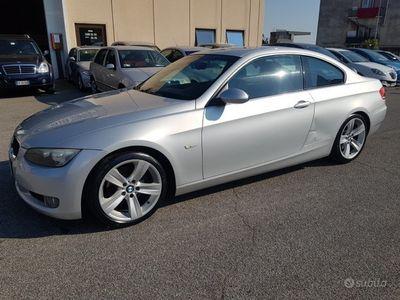 usata BMW 320 d *POMPA DA SOSTITUIRE* - 2009