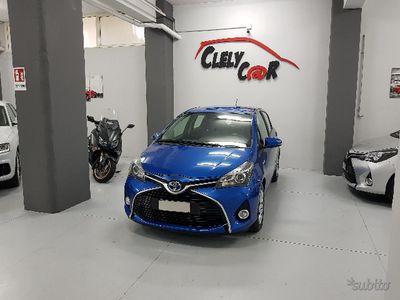 gebraucht Toyota Yaris Hybrid AUTOMAICA 2015