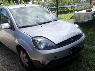 usata Ford Fiesta 1.2 anno 2008 da riguardare