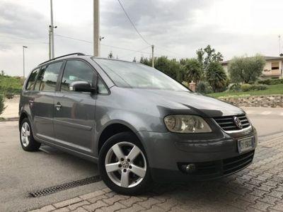 usata VW Touran 1.6 16V FSI HIGHLINE -TettoApribile+Garanzia12m- rif. 11967617