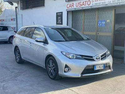 usata Toyota Auris 1.8 Hybrid 2015 - 92ooo KM
