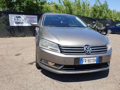 usata VW Passat Variant Var. Bs. 2.0 TDI DSG Comfort. BMT GARANZIA 2 ANNI