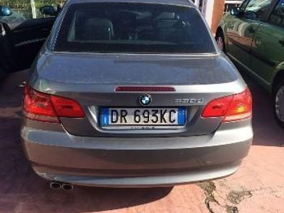 usata BMW 330 Cabriolet D anno 2008