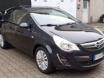 usata Opel Corsa 1.2 Cosmo Edition