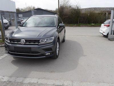 usata VW Tiguan 1.4 Tsi Dsg Act Highline * Navi * Led-scheinwerfer * Acc * Pdc * Shzg * 18 Zoll