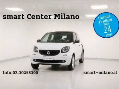 używany Smart ForFour forfour70 1.0 twinamic Youngster del 2017 usata a Milano