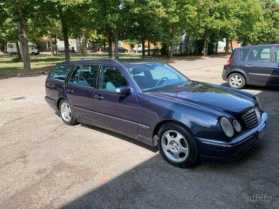 usata Mercedes E270 E 270 CDI cat S.W. Avantgarde