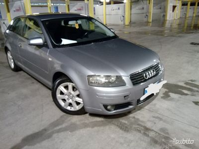 usado Audi A3 passaggio di proprietà incluso nel prezzo