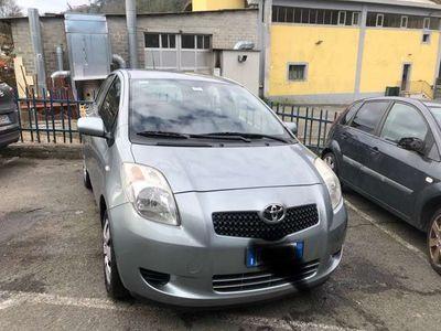 usata Toyota Yaris 1.0 5 porte Sol