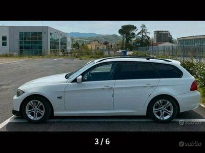 usata BMW 320 d touring xdrive Auto in arrivo