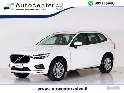 usata Volvo XC60 B4 AWD Geartronic Momentum