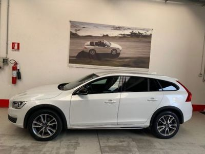 used Volvo V60 CC Cross Country D4 Geartr.Momentum Bus.Pack