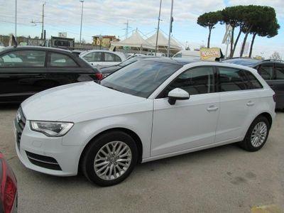 usata Audi A3 1.6 TDI Ambition TETTO EDITION