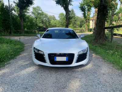 begagnad Audi R8 Coupé 4.2 V8 FSI quattro R tronic **IBIS WHITE**