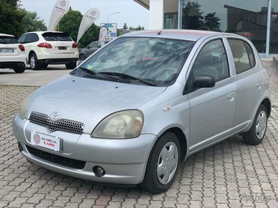 used Toyota Yaris 1.0 5 porte idonea neopatentato