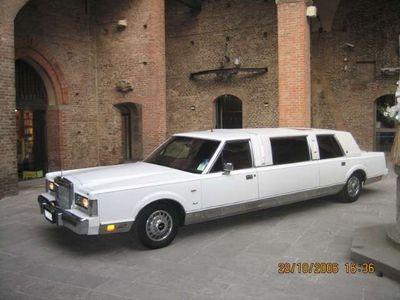 usata Lincoln Town Car