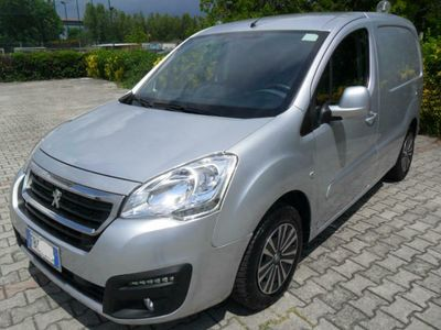 second-hand Peugeot Partner BlueHDi 100cv Active 3 Posti Euro6 con AdBlue