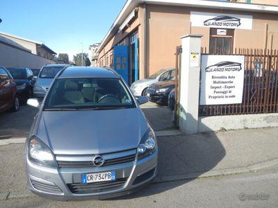 usata Opel Astra 1.6 16v enjoy consegna a domicilio