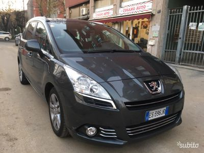 second-hand Peugeot 5008 1.6 hdi