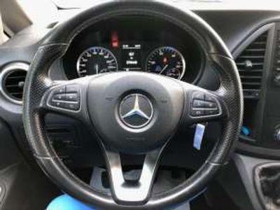 usata Mercedes V200 d Executive Extralong 8 posti rif. 12253523